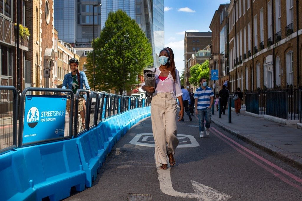 StreetSpace campaign Photo: Nick Turpin for TFL
